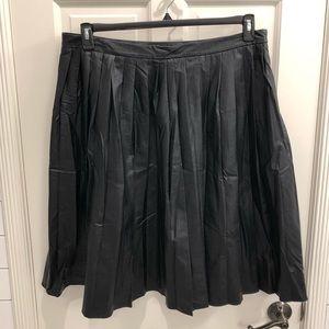 Worthington blk pleather (faux leather) skirt, 16W